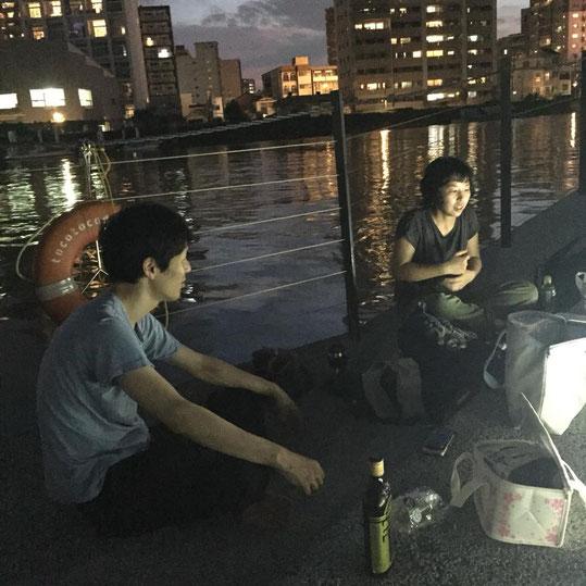 武田氏(左)と筆者(右)によるトークの様子