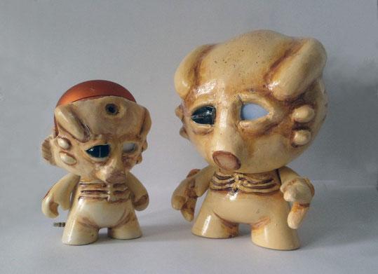 customized munny foami kidrobot alien mechanoid cybernetic