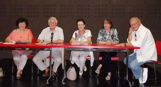 Manque sur la photo:  Marie-Hélène Rapin (Secrétaire adjointe)  Marc Chabod (Maître de bouche)Jean  Boutelet  (adjoint maitre de bouche) Nicole Boutelet (Intendante)- Marie-Hélène Rapin (secrétaire adjointe)