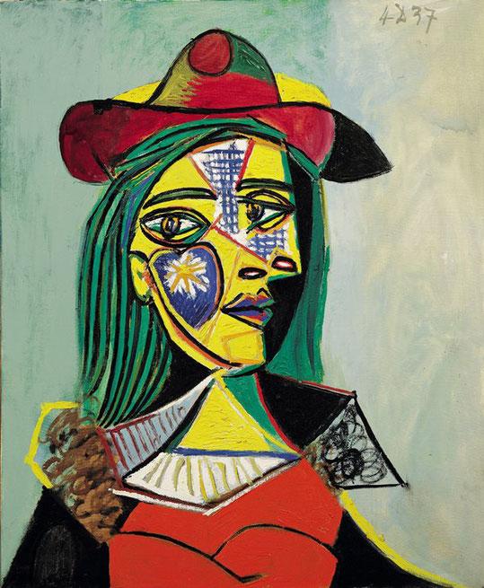 Женщина в шляпе и меховом воротнике - картина Пабло Пикассо