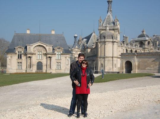 Vor dem Schloss Chantilly