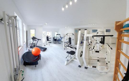 Unser Übungsbereich Physiotherapie, Krankengymnastik am Gerät, T-Rena Reha, medizinische Trainingstherapie