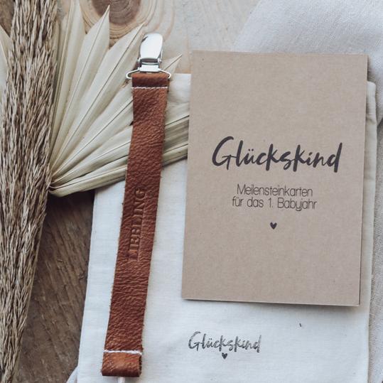 """Set Meilensteinkarten """"Glückskind - Kraftpapier"""" & Liebling Schnullerband"""