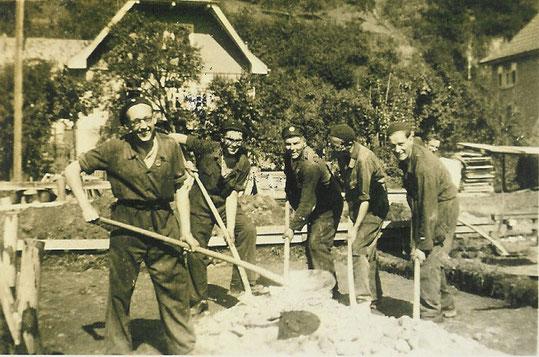 Bau der Baracken am Kinzigdamm