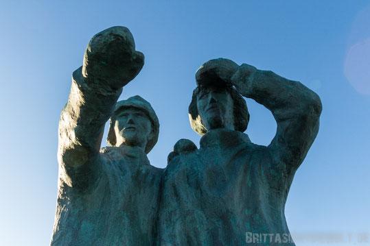 Skulptur,Seemänner,zwei,island,winter,reykjavik,reisetipps,tipps,februar,zwei,wochen,skulptur,hafen,meer