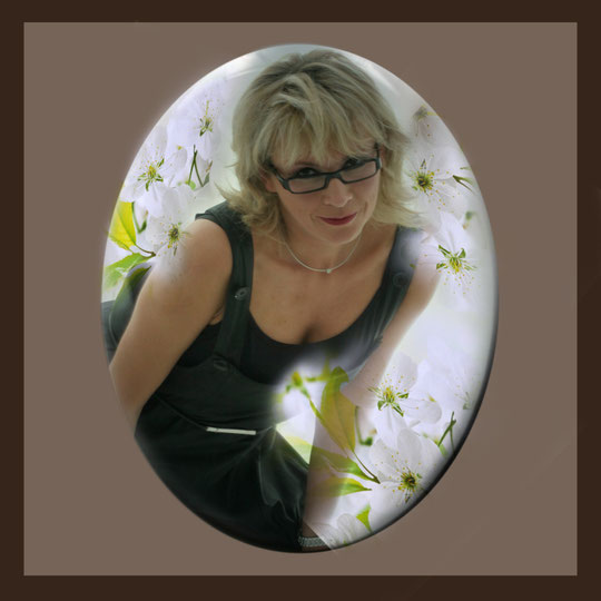 Die anderen Bilder, Andrea Weinke aus Groß Laasch,  Fotos auf Porzellan gebrannt, Grabbilder, Porzellanbilder, für den Tiergrabstein, Schmuck aus Porzellan, Fliesen für Bad o. Küche, Wände o. Geschirr