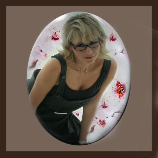 Die anderen Bilder, Andrea Weinke aus Groß Laasch,  Fotos auf Porzellan gebrannt, Grabbilder, Porzellanbilder, für den Tierfriedhof, Schmuck aus Porzellan, Fliesen für Bad o. Küche, Wände o. Geschirr