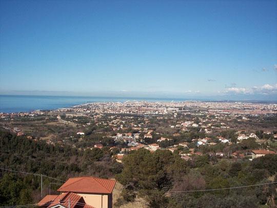panorama di livorno visto dal santuario di Montenero