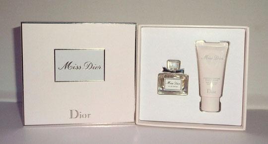 1ère PRESENTATION - MISS DIOR EAU DE PARFUM, PRESENTEE EN COFFRET - 2012