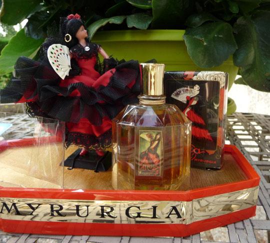 COFFRET MYRURGIA VUE DE PRES
