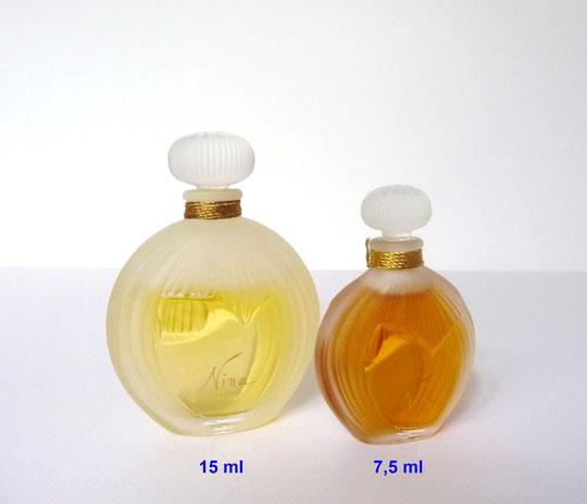 NINA - 1ère VERSION : 2 FLACONS  NON VAPORISATEURS,  PARFUM AVEC BOUCHON BOULE STRIE EN VERRE - CONTENANCE 15 & 7,5 ML - FABRICATION LALIQUE