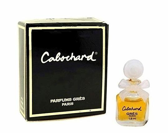 CABOCHARD - PARFUM : PETITE MINIATURE DE 1,8 ML - BOUCHON ET NOEUD EN PLASTIQUE BLANC - CONTENANT NON INDIQUEE SUR LA BOÎTE, BOÎTE CARREE