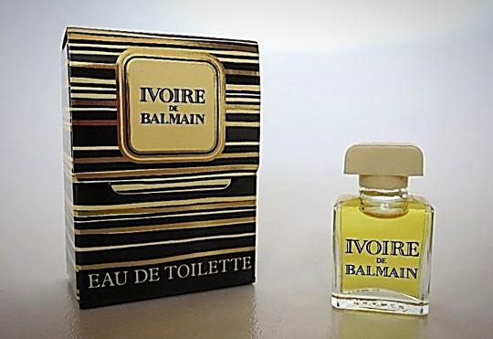 IVOIRE - EAU DE TOILETTE - BOÎTE A RABAT - CONTENANCE NON INDIQUEE SUR LA BOÎTE