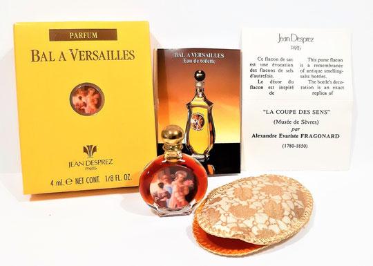 BAL A VERSAILLES - ENSEMBLE MINIATURE DE PARFUM PLUS SON POCHON, SA BOÎTE ET DEPLIANT