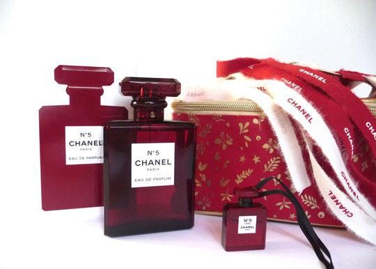 ENSEMBLE CHANEL N° 5 EAU DE PARFUM - TROUSSE ROUGE & OR OFFERTE PAR YVES ROCHER