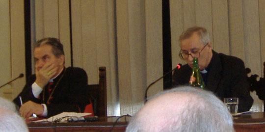Il Prof. Nello Cipriani col Card Caffarra alla Tre Giorni del Clero 2010 - in Seminario