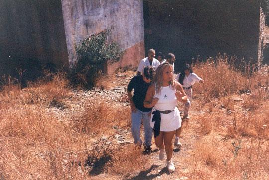 Con amigos visitando  el pueblo.