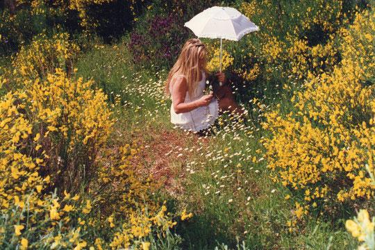 A las florecillas que están mas cerca. F. Pedro. P. Privada.