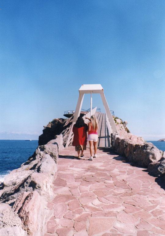 Ya llegamos. ¡ A cruzar el puente !