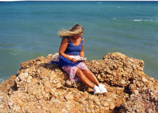 Mar azul. Pedro. F. P. Privada.