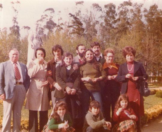 Abuelos hijos y nietos. F. Pedro.
