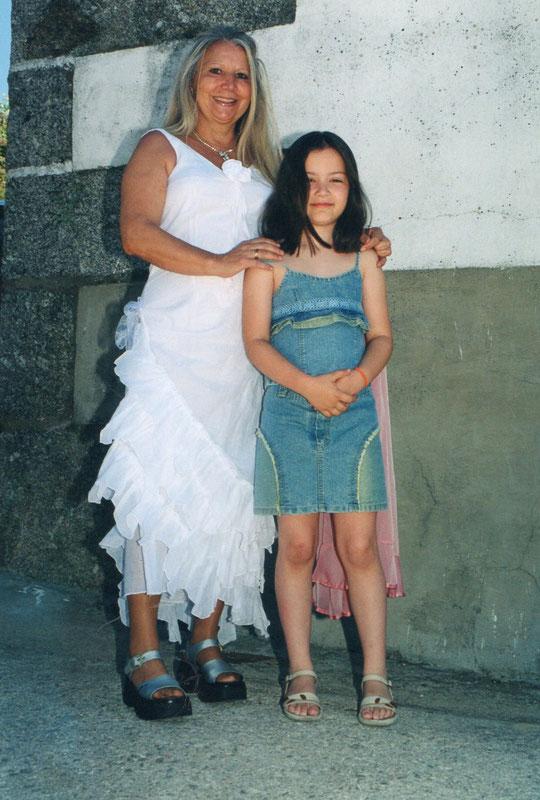A ésta jovencita le corté el codón umbilical.
