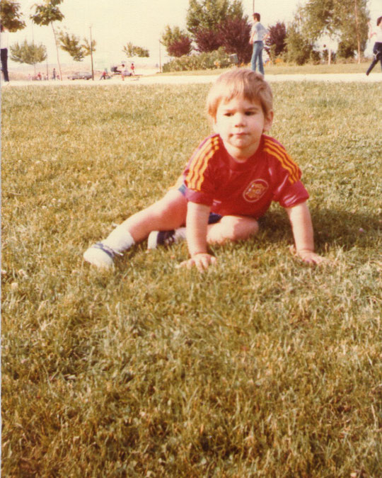 Futbolista. F. Pedro. P. Privada.