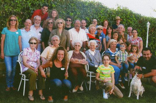 Familia Bernal al completo................bueno casi. F. Cedida. F. P. Privada.