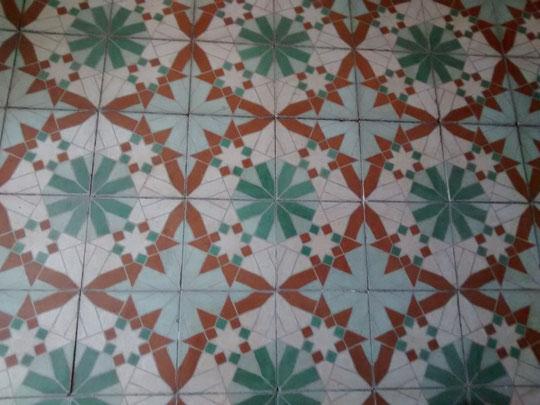 Antiguo y bonito suelo en nuestra casa del pueblo. F. Merche.