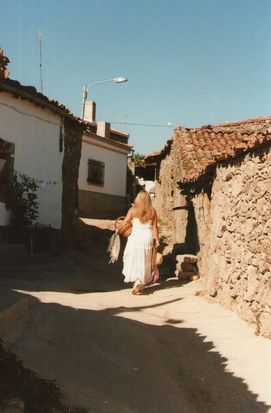 Calle de la Fuente - 1. Pedro. P. Privada.
