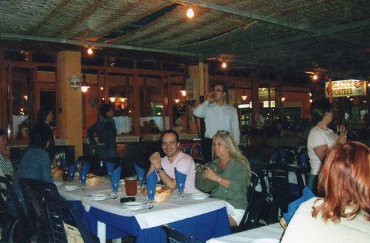 """Cenando en """" El Tintero """" F. P. Privada."""
