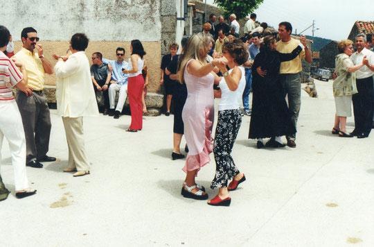 ¡ A bailar......a bailar ! F. P. Privada. Pedro.