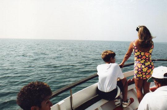 Altamar.............oteamos el horizonte. F. Pedro. P. Privada.