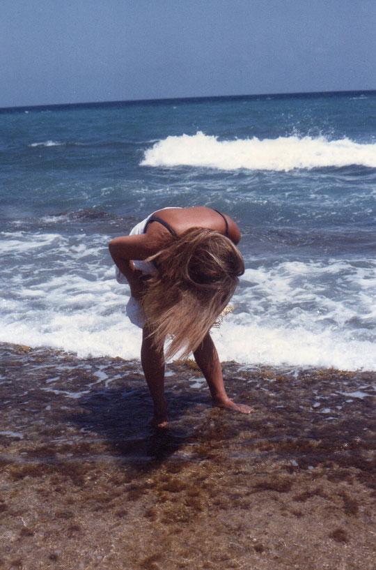 El mar bañaba tus pies...........