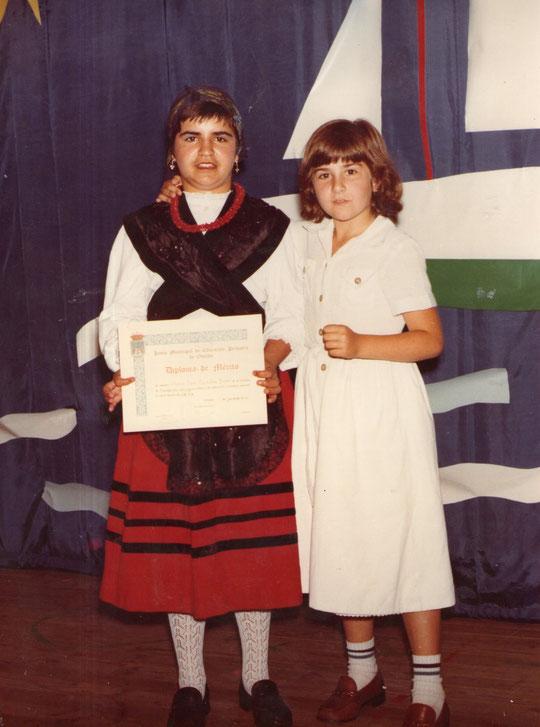 Mis sobrinas, Belén y Mari Jose.