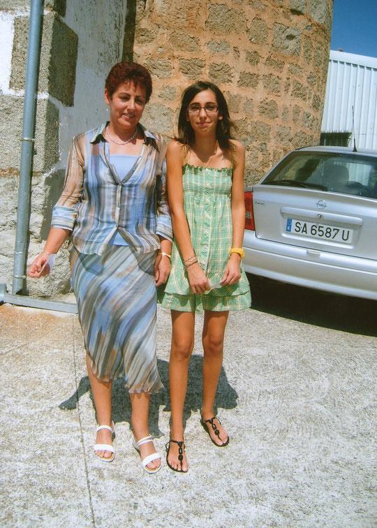 Madre e hija. F. Merche.