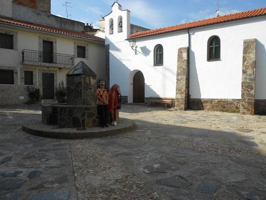 Riomalo de Abajo, aquí recibí el bautismo. Pedro. P. Privada. Año 2012.