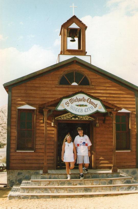 La capilla. F. Pedro. P. Privada.