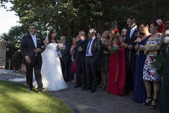 Recibimos a la novia. F. P. Privada.