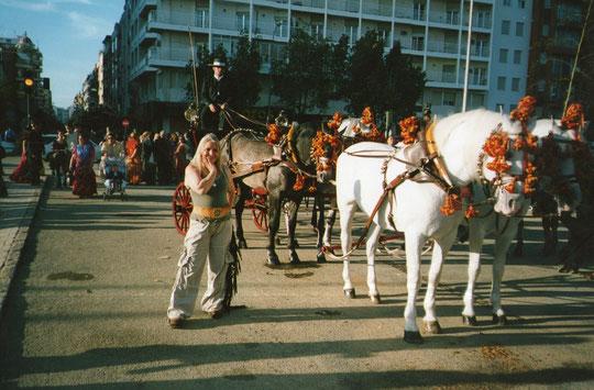 Paseo de caballos. Me gusta Sevilla, me gusta su feria, me gusta la juergaaaaaaaaaaaa. F. P. Privada.