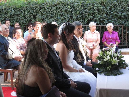 Da comienzo la ceremonia...........
