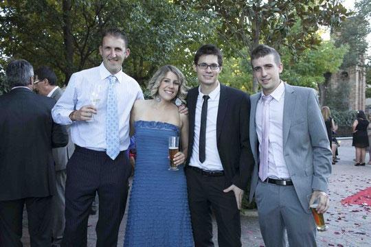 Iván, Elisa, Arnaiz y Ale. F. P. Privada.