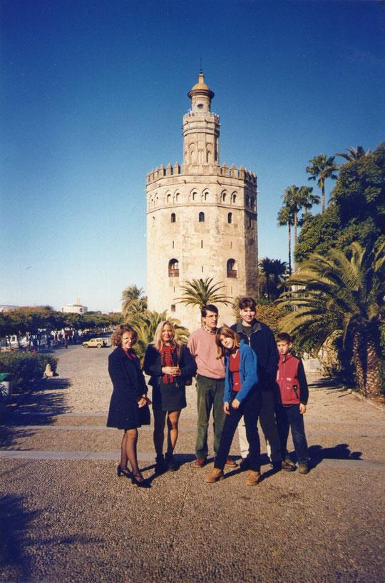 Sevilla: Torre del Oro. F. Pedro.