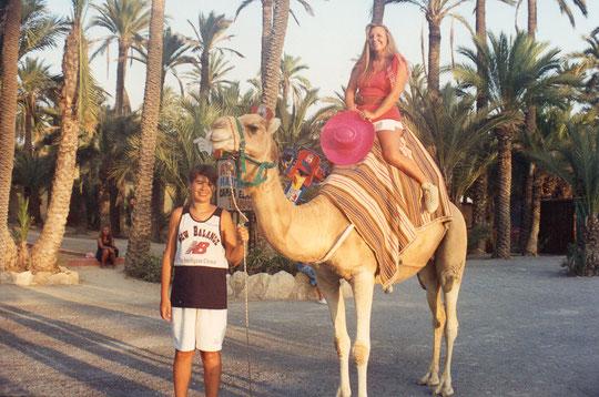 Un paseo en camello. F. Pedro.