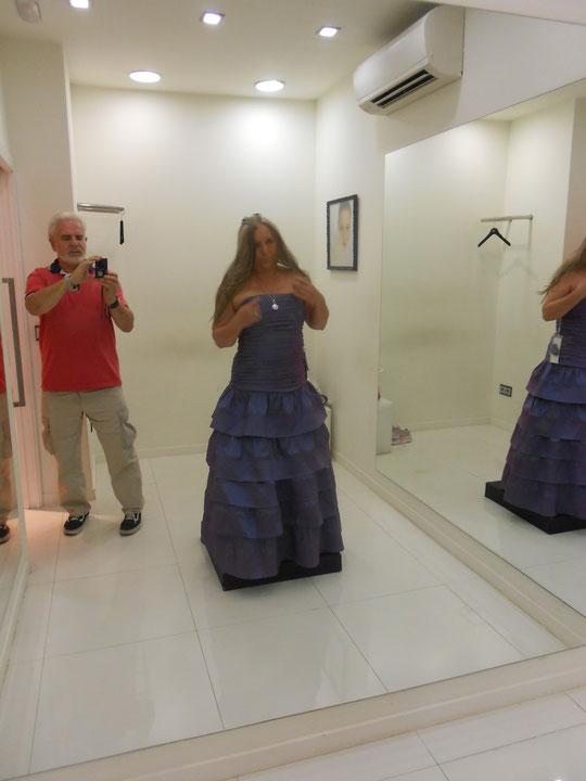 Prueba vestido de madrina.