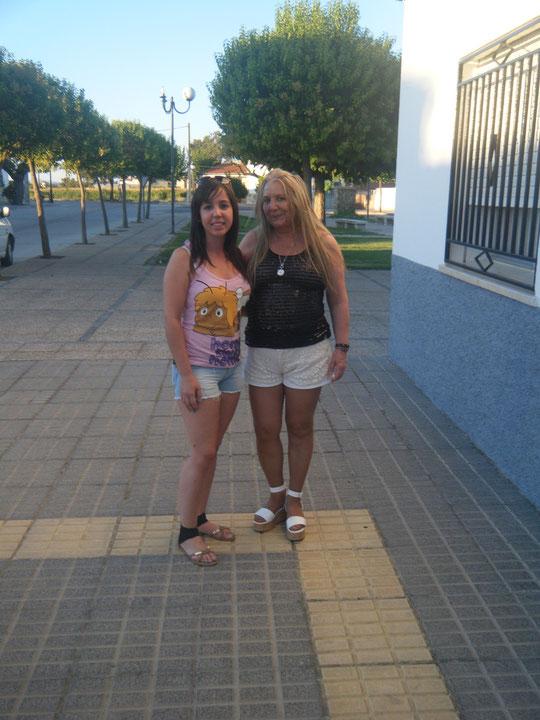 Sonia & Merche. Pedro. P. Privada.