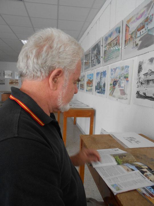 ¡ Pedro en una de sus exposiciones !