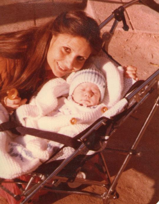 Con mamá. F. Pedro. P. Privada.