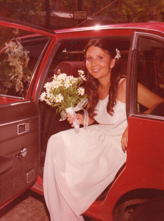 La novia en el coche.