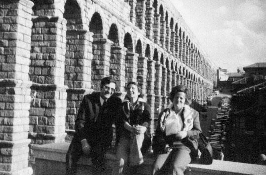 Segovia, Pedro. P. Privada.